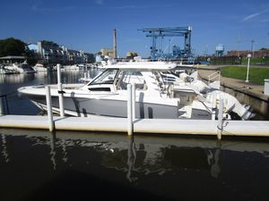 New Boston Whaler 350 Realm Center Console Fishing Boat For Sale
