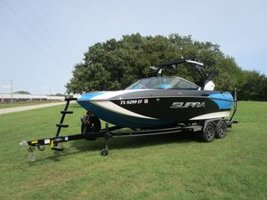 Used Supra SR Ski and Wakeboard Boat For Sale