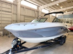 New Sea Ray SDX 250 Power Cruiser Boat For Sale