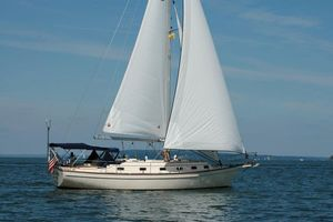 Used Island Packet 40 Cruiser Sailboat For Sale