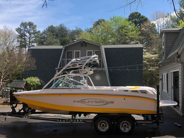 Used Correct Craft Super Air Nautique 210 LE High Performance Boat For Sale