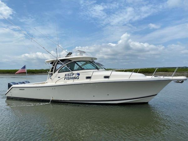 Used Pursuit OS 375 Offshore Sports Cruiser Boat For Sale