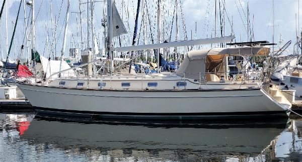 Used Island Packet 440 Cruiser Sailboat For Sale