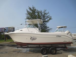 Used Seaswirl Striper 2605 WA Walkaround Fishing Boat For Sale
