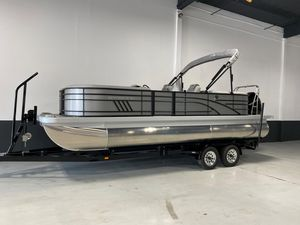 New Bennington 23 LSR Pontoon Boat For Sale