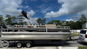 Used Sun Tracker Fishin Barge 22 DLX Pontoon Boat For Sale