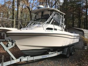 Used Grady-White 232 Gulfstream Center Console Fishing Boat For Sale