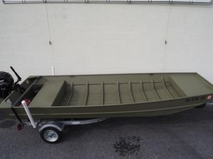 Used Lowe L1648 Jon Bass Boat For Sale