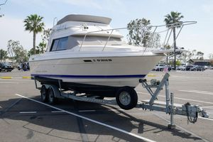 Used Bayliner 2556 Command Bridge Flybridge Boat For Sale