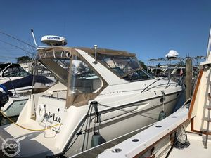 Used Maxum 3000 SCR Express Cruiser Boat For Sale