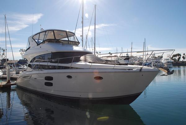 Used Meridian Yachts 441 Sedan Bridge Motor Yacht For Sale