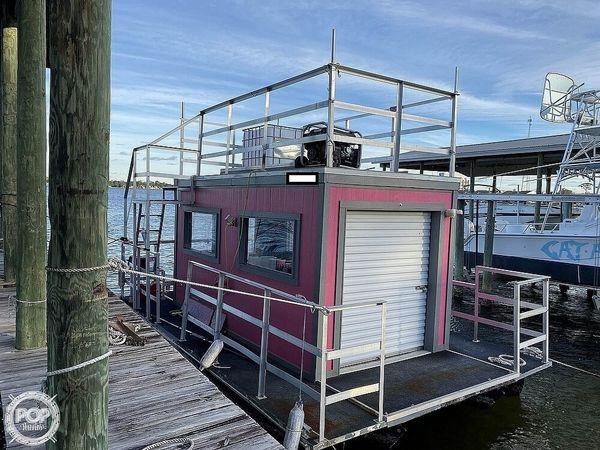 Used Starcraft Ice Cream Boat Pontoon Boat For Sale