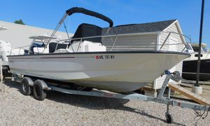 Used Boston Whaler 210 Montauk Center Console Fishing Boat For Sale