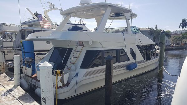 Used Bluewater 5200 MY Aft Cabin Boat For Sale