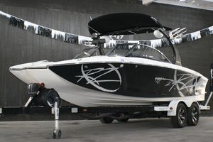 Used Tige' RZ2 Ski and Wakeboard Boat For Sale