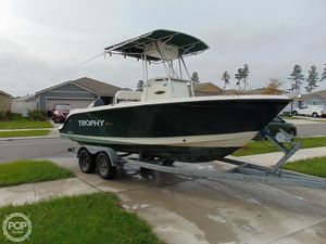 Used Trophy Pro 2103 CC Center Console Fishing Boat For Sale