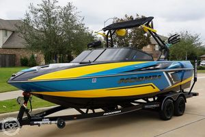Used Moomba Craz Surf Edition Ski and Wakeboard Boat For Sale