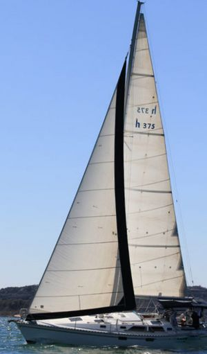 Used Hunter Legend 375 Cruiser Sailboat For Sale
