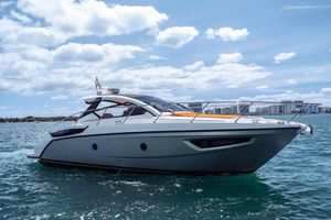 Used Azimut Atlantis 38 HT Cruiser Boat For Sale