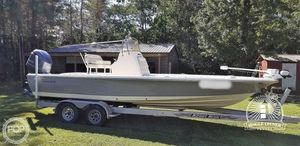 Used Avenger AV24 Bay Boat For Sale