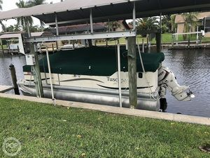 Used Tuscany Sweetwater 200 Pontoon Boat For Sale