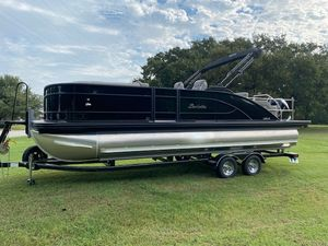 New Barletta L-CLASS L23UC Pontoon Boat For Sale