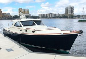 Used San Juan SJ48 Express Motor Yacht For Sale