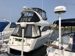 Used Meridian 341 Sedan Power Cruiser Boat For Sale