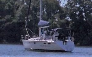 Used Hunter 37.5 Racer and Cruiser Sailboat For Sale