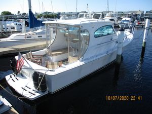 Used Mainship Pilot 30 Sedan Cruiser Boat For Sale