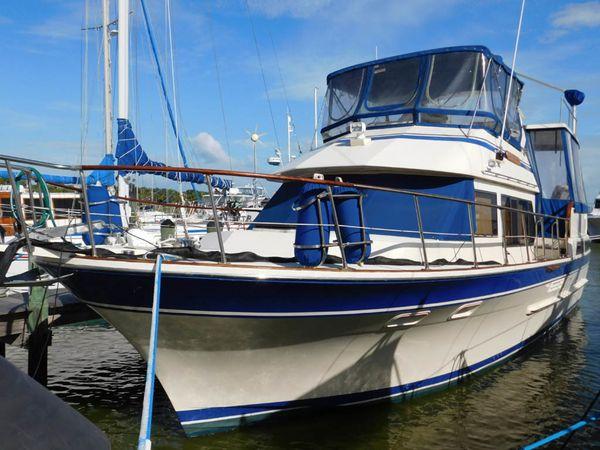 Used Vista Sundeck Trawler Aft Cabin Boat For Sale