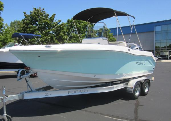 New Robalo R200 Center Console Freshwater Fishing Boat For Sale