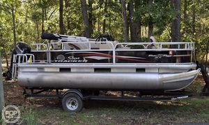 Used Sun Tracker Bass Buggy 18 DLX Pontoon Boat For Sale