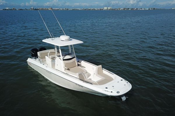 Used Boston Whaler 270 Dauntless Sports Fishing Boat For Sale