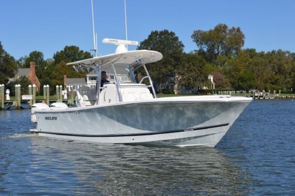 Used Regulator 28 Center Console Center Console Fishing Boat For Sale