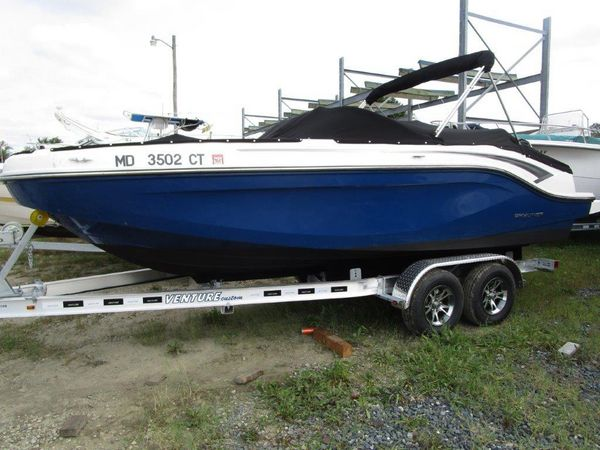 Used Bayliner DX2000 Deck Boat For Sale