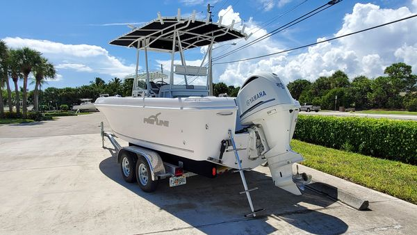 Used Pro-Line 23 Classic Center Console Fishing Boat For Sale