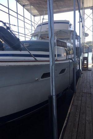 Used Chris-Craft Commander Flybridge Boat For Sale
