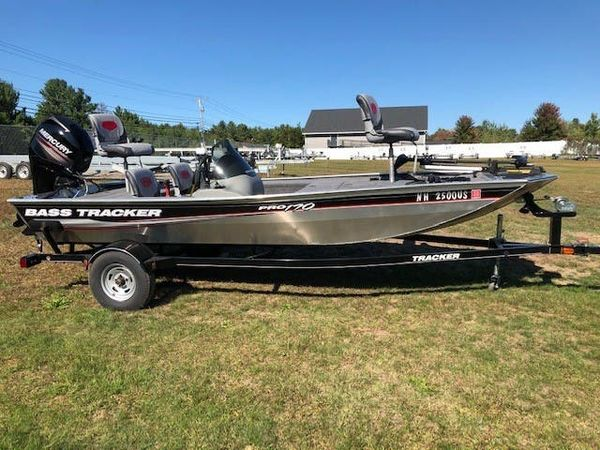Used Tracker Pro 170 Ski and Fish Boat For Sale