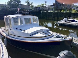 Used Herreshoff 18' Harbor Pilot Pilothouse Boat For Sale