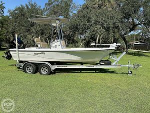 Used Blue Wave Purebay 2000 SL Bay Boat For Sale