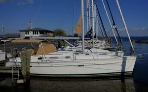 Used Beneteau 343 Racer and Cruiser Sailboat For Sale