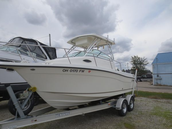 Used Striper 2101 Walkaround I/O Saltwater Fishing Boat For Sale