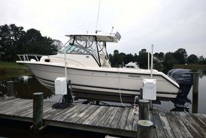 Used Pursuit 2870 Walk Around Express Cruiser Boat For Sale