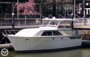 Used Pacemaker 40 Cruiser Boat For Sale
