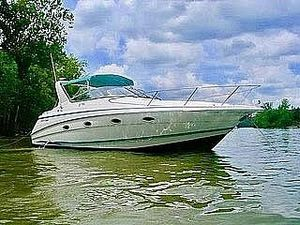 Used Chris-Craft Crowne 32 Express Cruiser Boat For Sale