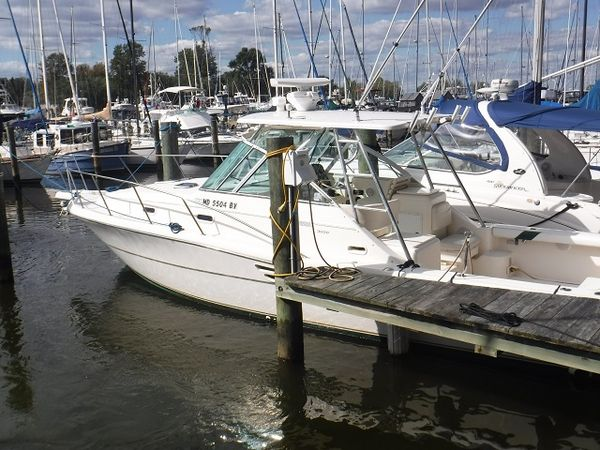 Used Pursuit 300 Express Cruiser Boat For Sale