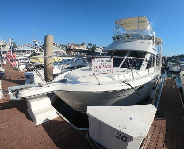 Used Carver 325 Carver Aft Cabin Boat For Sale