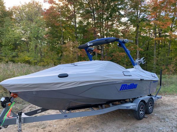 New Malibu Wakesetter Lsv 23 Ski and Wakeboard Boat For Sale