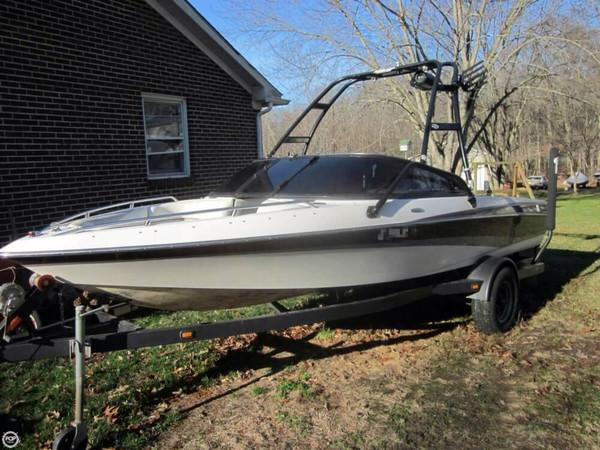 Used Malibu Response LXI Ski and Wakeboard Boat For Sale